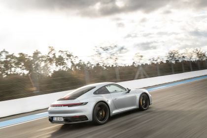 2019 Porsche 911 ( 992 ) Carrera 4S 57