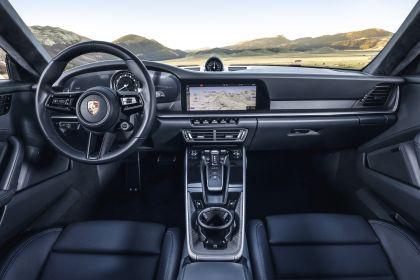2019 Porsche 911 ( 992 ) Carrera 4S 86