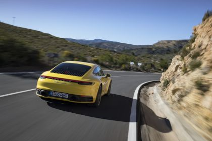 2019 Porsche 911 ( 992 ) Carrera 4S 237
