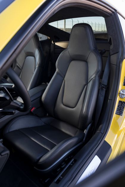 2019 Porsche 911 ( 992 ) Carrera 4S 248