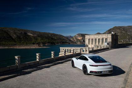 2019 Porsche 911 ( 992 ) Carrera 4S 275