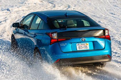 2019 Toyota Prius XLE AWD-e 3