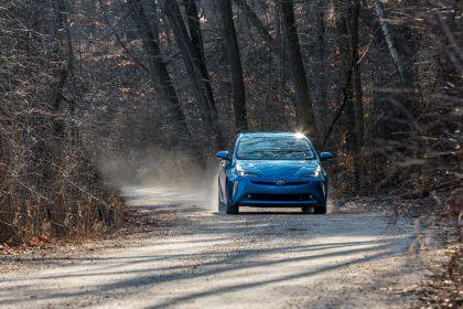 2019 Toyota Prius XLE AWD-e 13