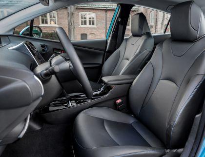 2019 Toyota Prius XLE AWD-e 25