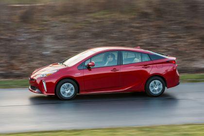 2019 Toyota Prius XLE AWD-e 33
