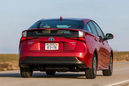 2019 Toyota Prius XLE AWD-e 34