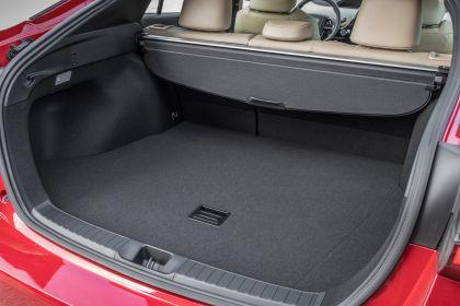 2019 Toyota Prius XLE AWD-e 39