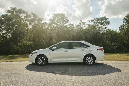 2020 Toyota Corolla Hybrid 12