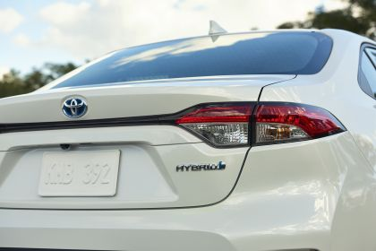 2020 Toyota Corolla Hybrid 17