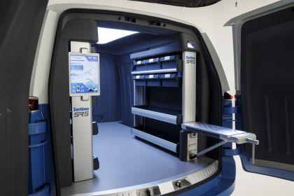 2019 Volkswagen I.D. Buzz Cargo concept 9