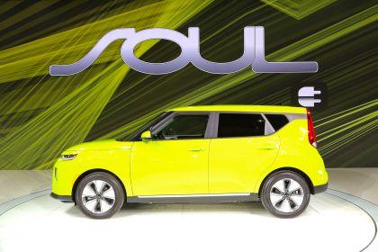 2020 Kia Soul EV 34