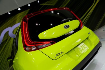 2020 Kia Soul EV 35
