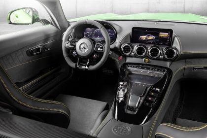 2018 Mercedes-AMG GT R 17