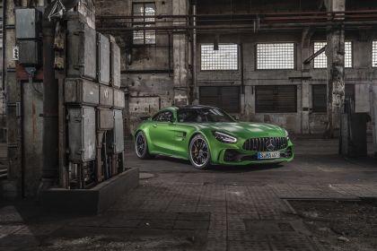 2018 Mercedes-AMG GT R 25
