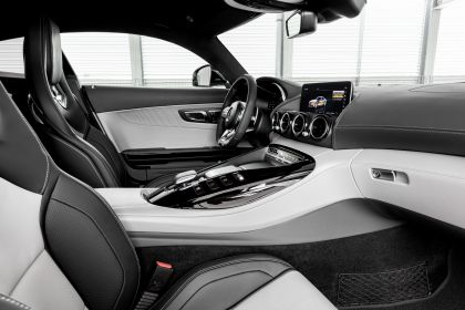 2018 Mercedes-AMG GT 12