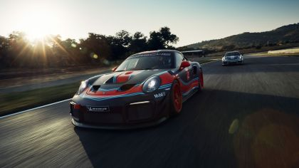 2019 Porsche 911 ( 991 type II ) GT2 RS Clubsport 1