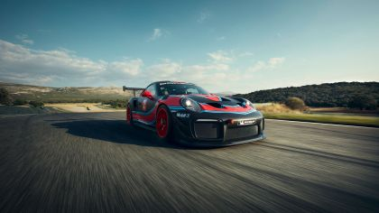 2019 Porsche 911 ( 991 type II ) GT2 RS Clubsport 3