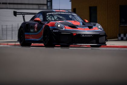 2019 Porsche 911 ( 991 type II ) GT2 RS Clubsport 18