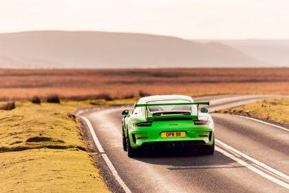 2018 Porsche 911 ( 991 type II ) GT3 RS - UK version 16