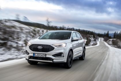 2019 Ford Edge ST-Line 19