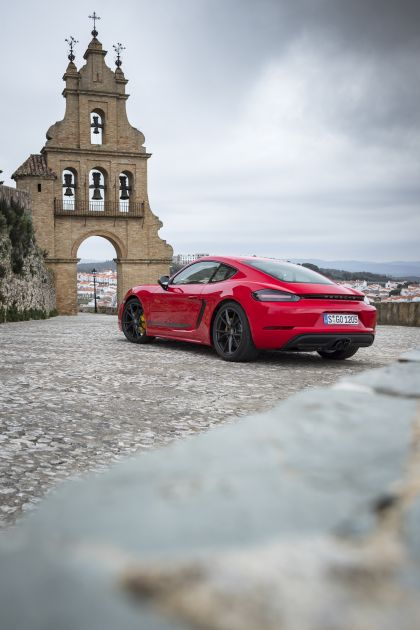 2019 Porsche 718 Cayman T 28