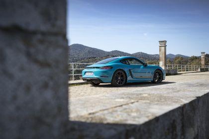 2019 Porsche 718 Cayman T 47