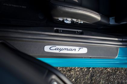 2019 Porsche 718 Cayman T 61