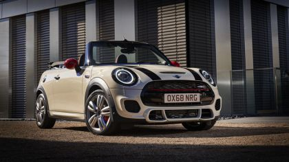 2019 Mini John Cooper Works convertible 9