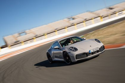 2019 Porsche 911 ( 992 ) Carrera S 40