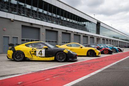 2019 Porsche 718 Cayman GT4 Clubsport 22