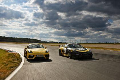 2019 Porsche 718 Cayman GT4 Clubsport 37