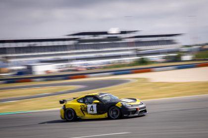 2019 Porsche 718 Cayman GT4 Clubsport 66