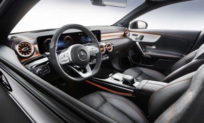2019 Mercedes-Benz CLA coupé 13