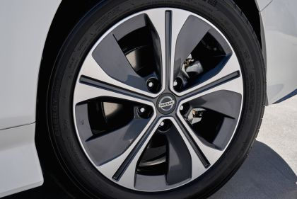 2019 Nissan Leaf e+ - USA version 15