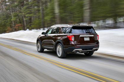 2020 Ford Explorer Platinum 2