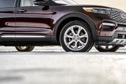 2020 Ford Explorer Platinum 5