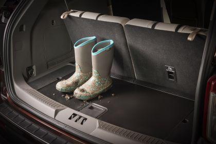 2020 Ford Explorer Platinum 8
