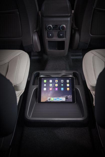 2020 Ford Explorer Platinum 17