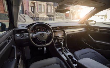 2020 Volkswagen Passat - USA version 22