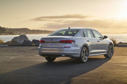 2020 Volkswagen Passat - USA version 26