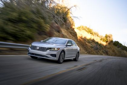 2020 Volkswagen Passat - USA version 39