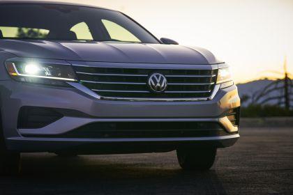 2020 Volkswagen Passat - USA version 49