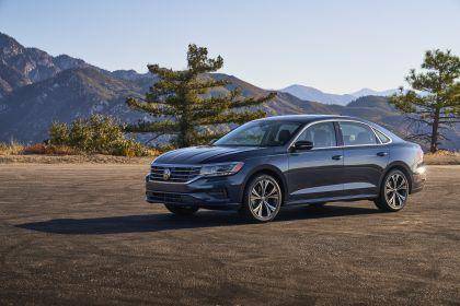 2020 Volkswagen Passat - USA version 57