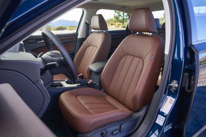 2020 Volkswagen Passat - USA version 69