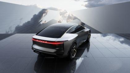 2019 Nissan IMs concept 18