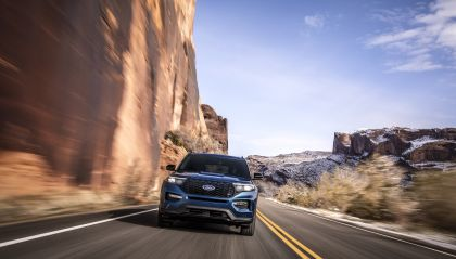 2020 Ford Explorer ST 4