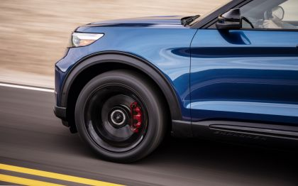 2020 Ford Explorer ST 9