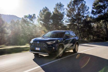 2019 Toyota RAV4 Hybrid - EU version 4