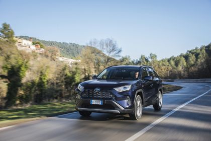 2019 Toyota RAV4 Hybrid - EU version 12