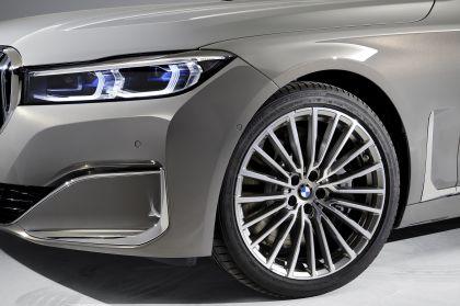 2020 BMW 750Li 12